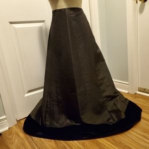 NYGARD Collection Floor Length Formal Sz 22 Skirt